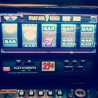 รูปภาพถ่ายที่ Horseshoe Hammond Casino โดย Relli F. เมื่อ 10/4/2012