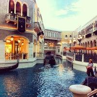 Foto scattata a Venetian Resort & Casino da Pera P. il 4/8/2013