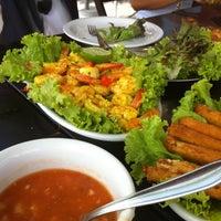 Foto tirada no(a) Restaurante La Bodeguita por Marcos P. em 12/1/2012