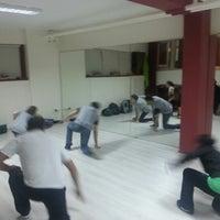 Das Foto wurde bei Dans Arena Dans ve Spor Kulübü von Ismail Ustundag P. am 12/13/2012 aufgenommen