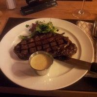 Снимок сделан в Sam's Steak House пользователем Andrey F. 5/14/2013