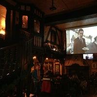 11/10/2013にNinel L.がKing And Queenで撮った写真