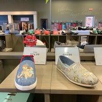 5dd94fea083 ... Photo taken at DSW Designer Shoe Warehouse by Delana B. on 12 27  ...