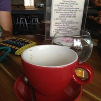 Снимок сделан в Iced Coffee пользователем Sarah H. 1/5/2014