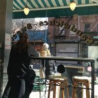3/24/2013にOlga G.がAmy's Breadで撮った写真