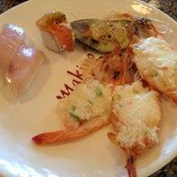 Foto tomada en Makino sushi and seafood buffet por Peter F. el 5/24/2013