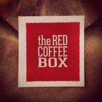 Das Foto wurde bei The Red Coffee Box von wariio .. am 2/19/2013 aufgenommen