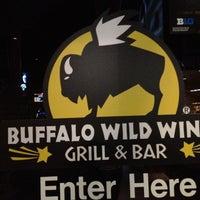 Foto tomada en Buffalo Wild Wings por Alfonso M. el 11/25/2012