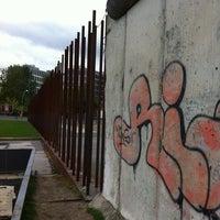 Снимок сделан в Мемориальный комплекс «Берлинская стена» пользователем Dmitry K. 10/10/2012