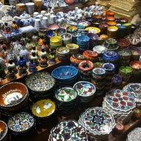 Das Foto wurde bei Mısır Çarşısı von Selda B. am 4/29/2013 aufgenommen
