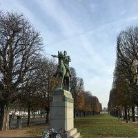 Das Foto wurde bei Simon Bolivar - Equestrian Statues von Jérémy am 11/27/2016 aufgenommen