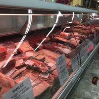 Foto scattata a Foodie Market Place da Cheen T. il 12/15/2016