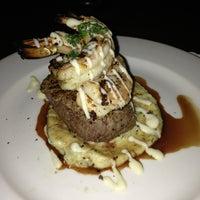 รูปภาพถ่ายที่ N9NE Steakhouse Las Vegas โดย Katie K. เมื่อ 7/11/2013