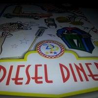 Das Foto wurde bei Diesel Diner von Eѕяαм İ. am 12/10/2012 aufgenommen