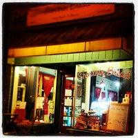 Foto diambil di Shortnin Bread oleh John W. pada 11/17/2012
