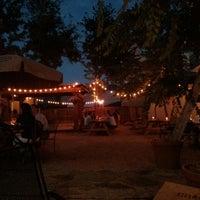 Foto tomada en Crisp Wine-Beer-Eatery por Daniel P. el 6/4/2013