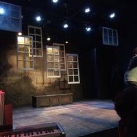 Foto scattata a Abingdon Theater da Dawn B. il 12/13/2014