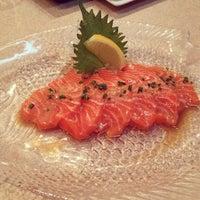 Das Foto wurde bei Soho Japanese Restaurant von Julie L. am 2/6/2014 aufgenommen