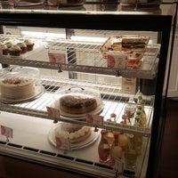 9/30/2017 tarihinde Meka L.ziyaretçi tarafından The CakeRoom'de çekilen fotoğraf