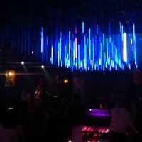 รูปภาพถ่ายที่ Mad Club โดย Barış Ş. เมื่อ 3/8/2014