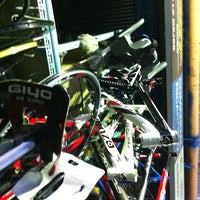 7/13/2013 tarihinde Cristian G.ziyaretçi tarafından Bicicletas Emancipación'de çekilen fotoğraf