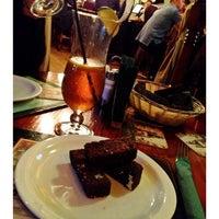 Снимок сделан в Churchill's Pub пользователем Svetlana 9/28/2012