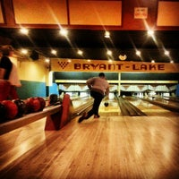Foto scattata a Bryant-Lake Bowl & Theater da Scott D. il 1/20/2013