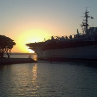Photo prise au USS Midway Museum par Kelly-Ann P. le5/2/2013