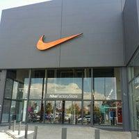 Egoísmo Humo Feudal  Nike Factory Store - Avenida De Europa
