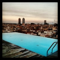 Foto scattata a Sky Bar da Jaume M. il 9/2/2013