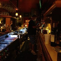 Photo prise au The Torch Bar and Grill par Seung Min 'Mel' Y. le9/28/2012