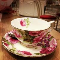 4/7/2013 tarihinde Anita K.ziyaretçi tarafından Tea Salon - The Victoria Room'de çekilen fotoğraf