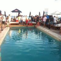 Foto tomada en Kool Beach Club por Ernesto el 1/11/2013