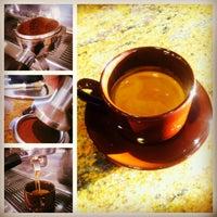 Foto scattata a Coffee Villa da Coffee Villa il 5/1/2013