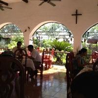 Foto tomada en Casa Mission por Luis Alfonso C. el 10/27/2012