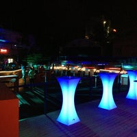 Снимок сделан в XLarge Club İstanbul пользователем mustafa kemal a. 6/8/2013