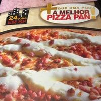 Foto tirada no(a) Super Pizza Pan por Robson Yukio F. em 5/26/2013