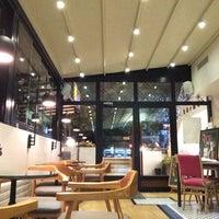 11/1/2014 tarihinde Şafak K.ziyaretçi tarafından Dair'e Cafe'de çekilen fotoğraf