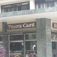 Foto tirada no(a) Fran's Café por Flávio José D. em 3/10/2013