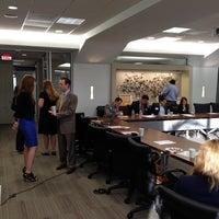 Foto tomada en Dallas Regional Chamber por Scott E. el 4/25/2014