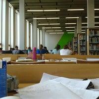 Foto scattata a Moravská zemská knihovna da Barbora R. il 5/13/2013