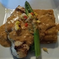 10/18/2014에 Jim K.님이 J & J Seafood Bar에서 찍은 사진