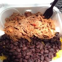 รูปภาพถ่ายที่ Latin Square Cuisine โดย Zulkeira R. S. เมื่อ 5/7/2014