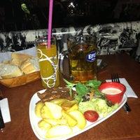 5/24/2013 tarihinde Serdar K.ziyaretçi tarafından Aslanım Bar & Bira Evi & Restaurant'de çekilen fotoğraf
