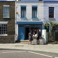 Das Foto wurde bei Well Street Kitchen von David am 5/23/2015 aufgenommen