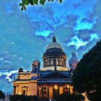 Снимок сделан в Исаакиевская площадь пользователем Polina  G. 6/16/2013