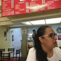 Foto tomada en Burritos La Palma por Luis Armando C. el 8/5/2019