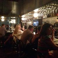 7/4/2014にStefan M.がVanguard Wine Barで撮った写真