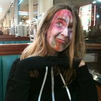 Foto tirada no(a) West Reading Diner por The Movie Lord em 9/30/2012
