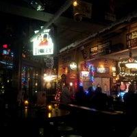 Foto diambil di Ringo's Pub oleh Luisa L. pada 12/15/2012